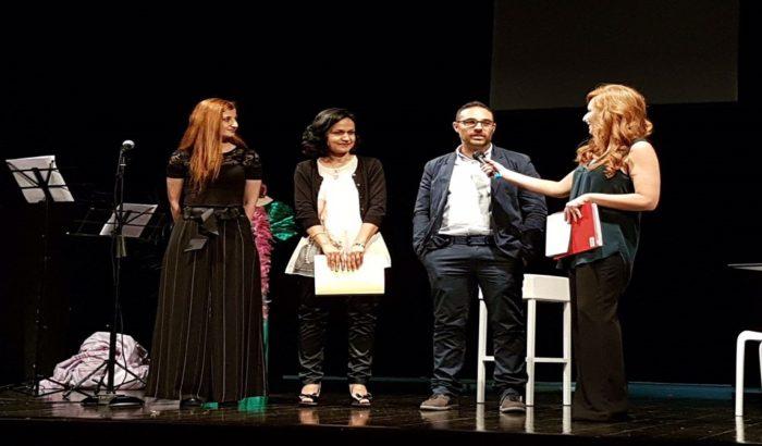 Il Centro Educativo Alzheimer sul palco insieme a Veronica Barbarino
