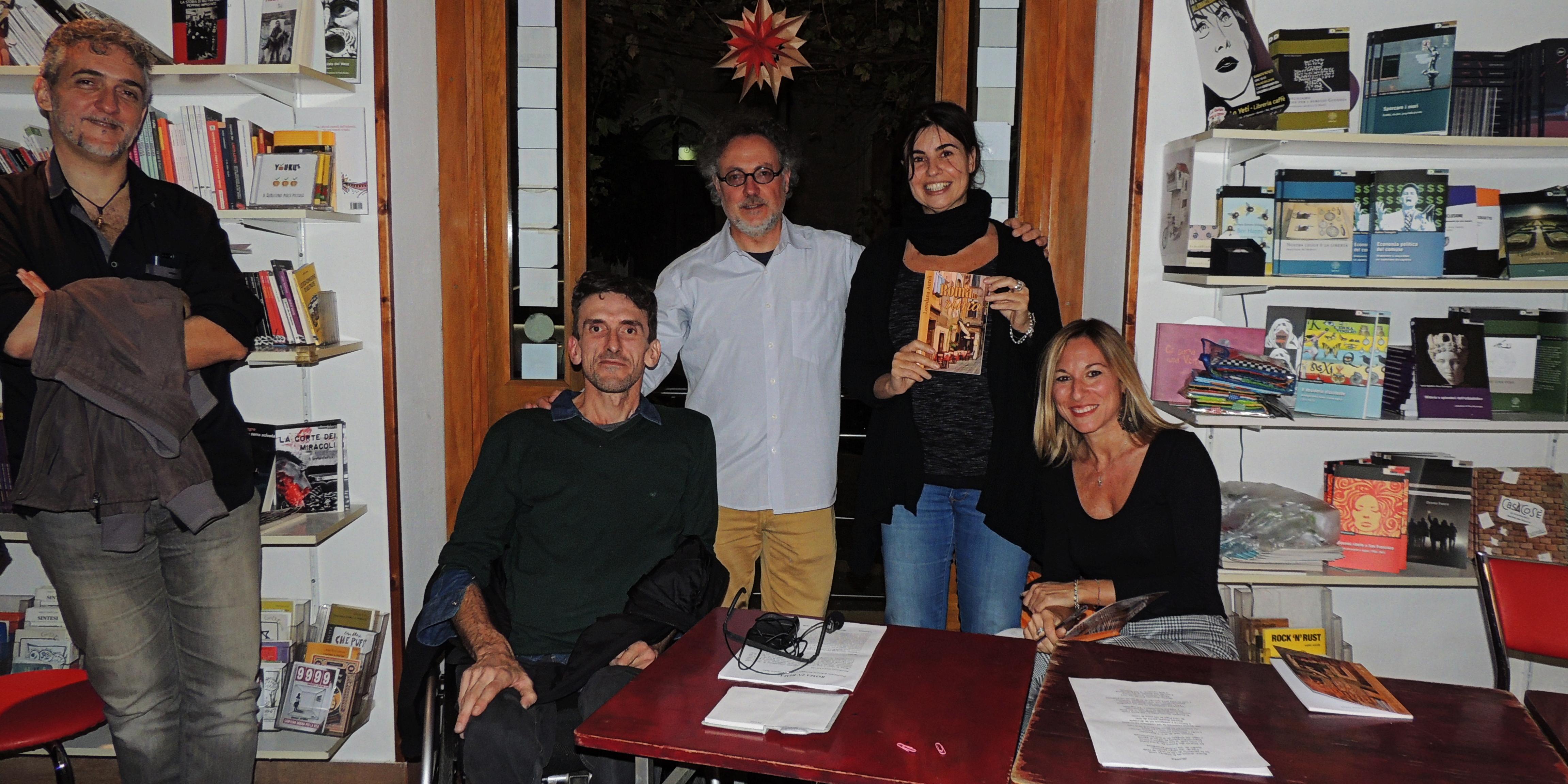 Foto di gruppo presso Lo Yeti